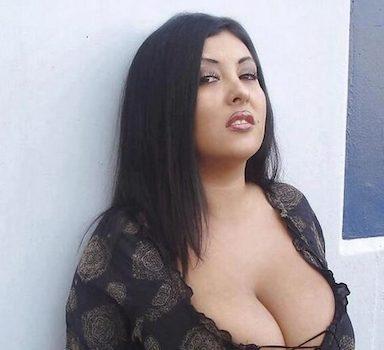 Sexy MILF aus Rumänien sucht Sexkontakte